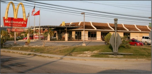 Guantanamo_McDonalds_2